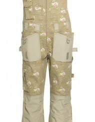 Deze GardenGirl overall biedt alles wat een vrouw nodig heeft: bescherming, comfort, optionele kniebeschermers en heel veel zakken.